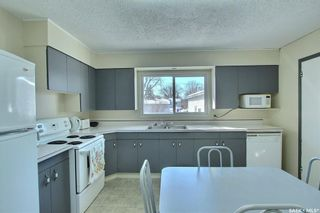 Photo 6: 1409 Goshen Place in Prince Albert: East Flat Residential for sale : MLS®# SK844682