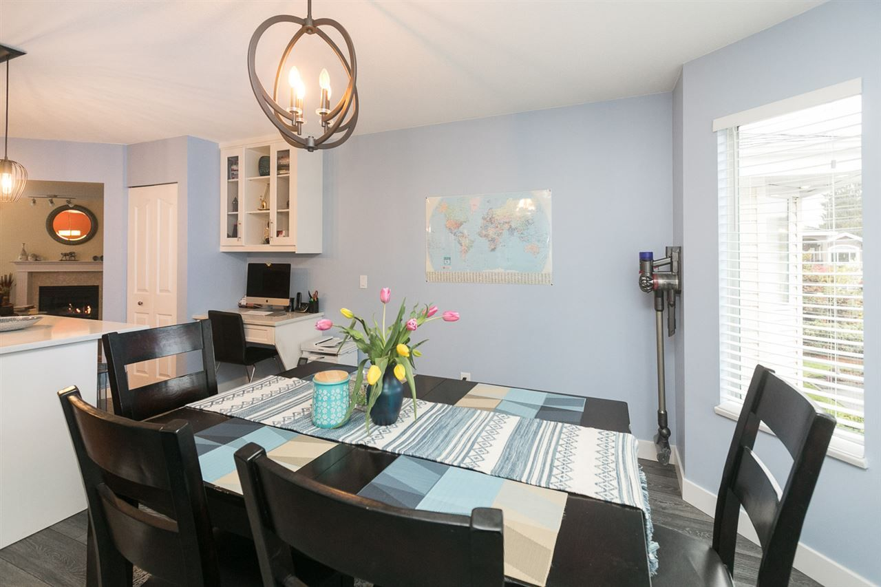 "Photo 19: Photos: 15 7875 122 Street in Surrey: West Newton Townhouse for sale in ""The Georgian"" : MLS®# R2446530"