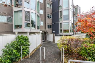 "Photo 1: 208 2238 ETON Street in Vancouver: Hastings Condo for sale in ""Eton Heights"" (Vancouver East)  : MLS®# R2121109"