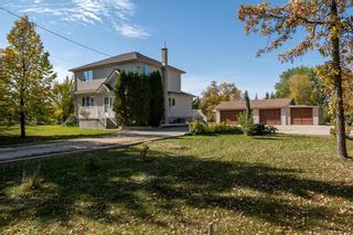 Photo 2: 5616 Main Street in St Andrews: R13 Residential for sale : MLS®# 202123812