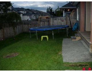 Photo 8: 17460 64A Avenue in Surrey: Cloverdale BC House for sale (Cloverdale)  : MLS®# F2724362