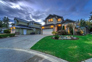 """Photo 4: 5716 169A Street in Surrey: Cloverdale BC House for sale in """"Richardson Ridge"""" (Cloverdale)  : MLS®# R2243658"""