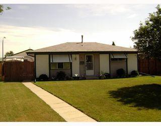Photo 1: 87 ELLINGTON Street in WINNIPEG: Maples / Tyndall Park Residential for sale (North West Winnipeg)  : MLS®# 2815594
