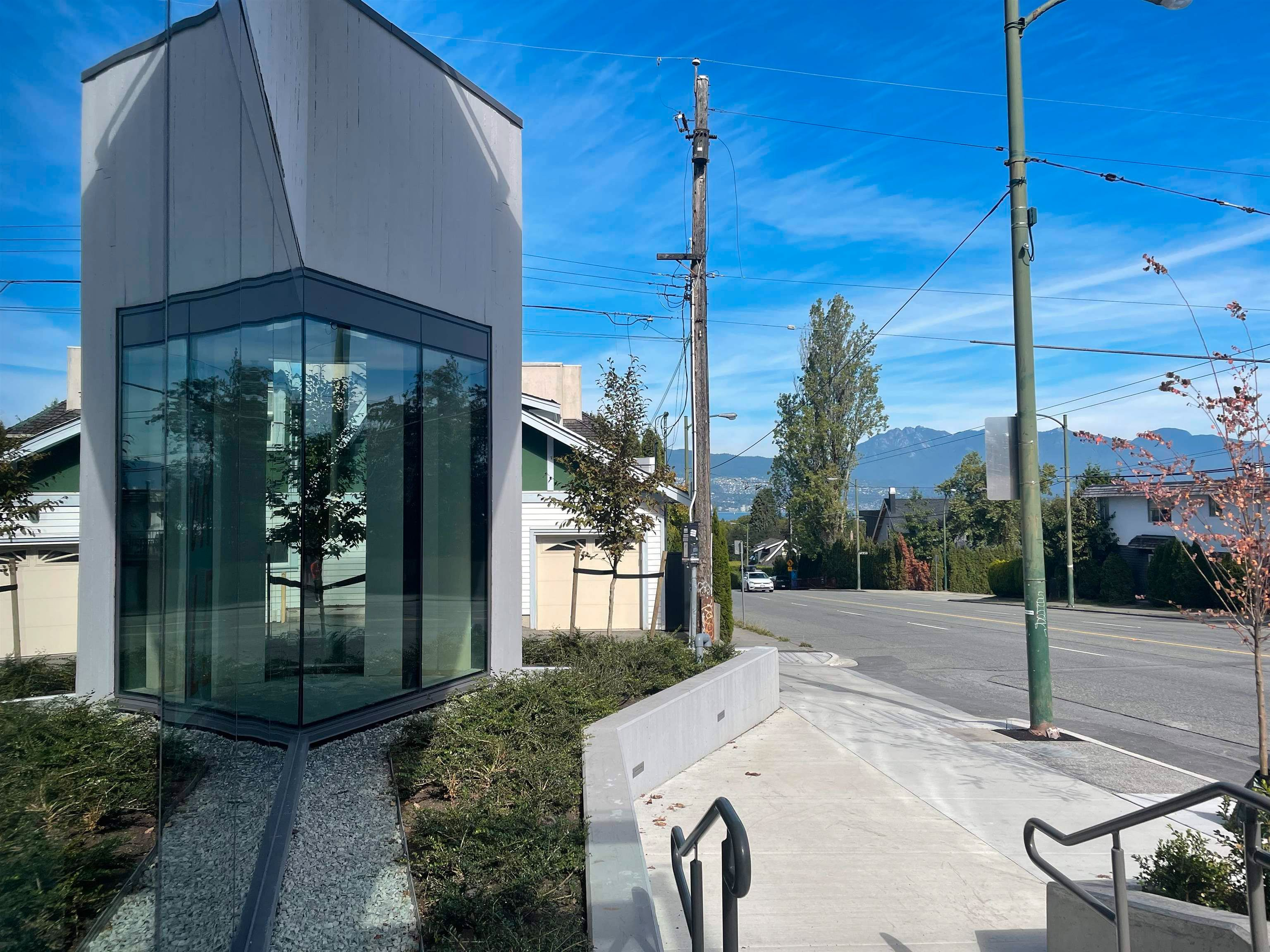 """Main Photo: 3609 W 16TH Avenue in Vancouver: Point Grey Office for lease in """"The Grey"""" (Vancouver West)  : MLS®# C8040690"""