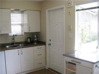 Photo 7: 1052 E 10TH Avenue in Vancouver: Mount Pleasant VE 1/2 Duplex for sale (Vancouver East)  : MLS®# V1129258