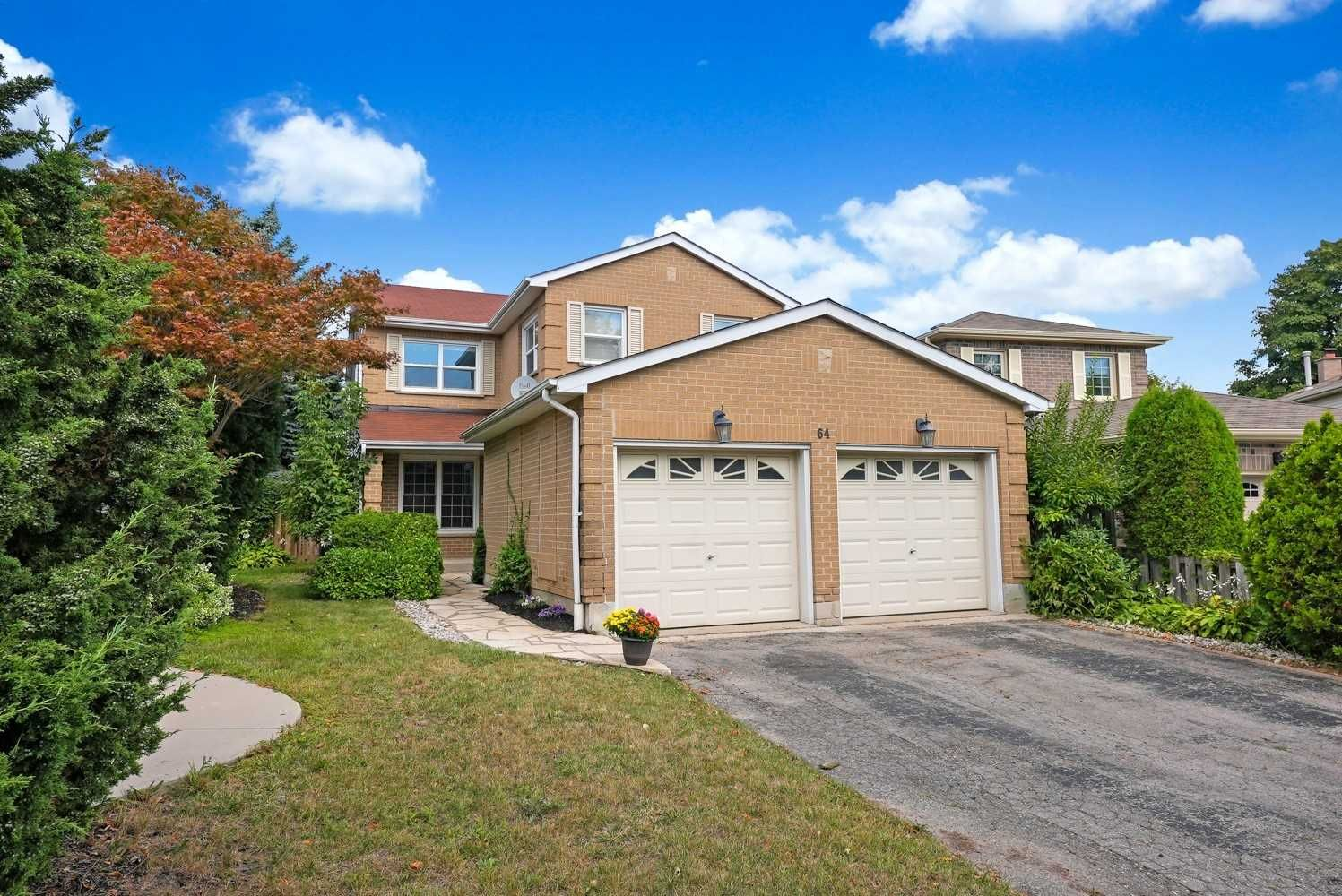 Main Photo: 64 Hemingford Place in Whitby: Pringle Creek House (2-Storey) for sale : MLS®# E5369628