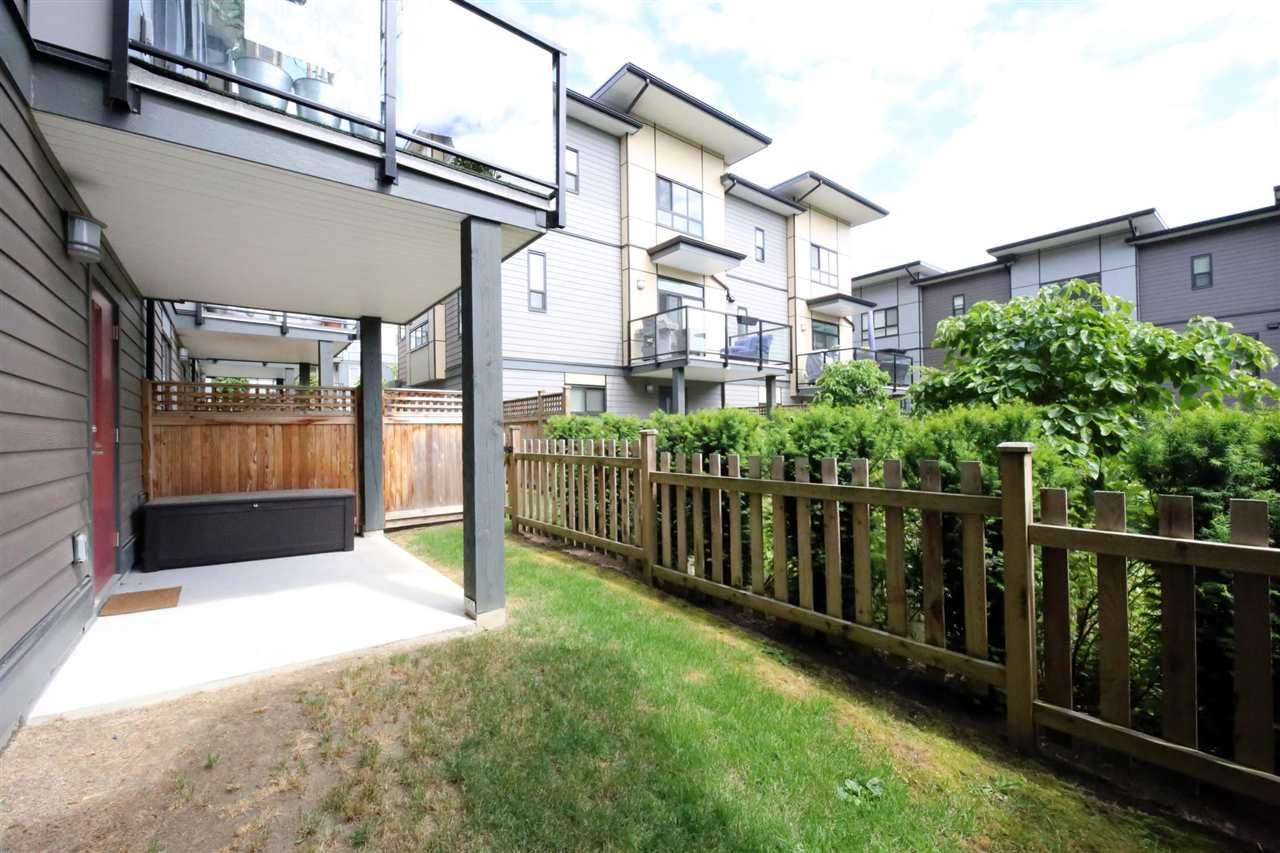 """Photo 23: Photos: 30 1938 NORTH PARALLEL Road in Abbotsford: Abbotsford East Townhouse for sale in """"PARALLEL SOUTH"""" : MLS®# R2589930"""