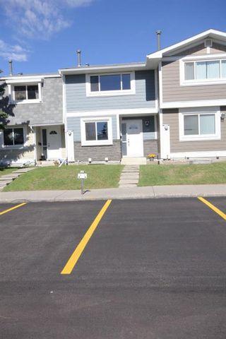 Photo 5: 341 Georgian Villas NE in Calgary: Marlborough Park Row/Townhouse for sale : MLS®# A1117524