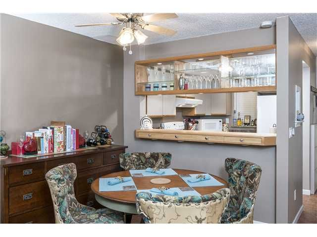 """Photo 6: Photos: 18 2978 WALTON Avenue in Coquitlam: Canyon Springs Townhouse for sale in """"CREEK TERRACE"""" : MLS®# V1049837"""