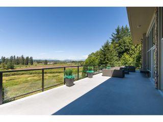Photo 20: 111 15155 36 Avenue in Surrey: Morgan Creek Condo for sale (South Surrey White Rock)  : MLS®# R2345572