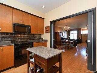 Photo 10: 13 60 Dallas Rd in VICTORIA: Vi James Bay Row/Townhouse for sale (Victoria)  : MLS®# 818335