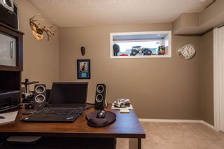 Photo 19: 124 CASTLE Drive in Edmonton: Zone 27 House Half Duplex for sale : MLS®# E4260271