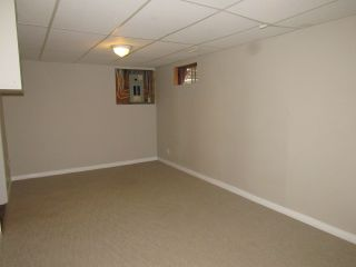 Photo 23: 9201 Morinville Drive in Morinville: Townhouse for rent
