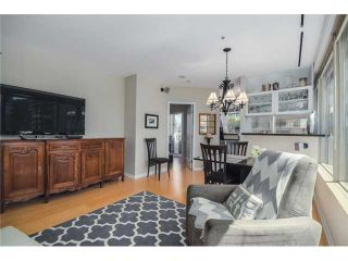 """Photo 2: 704 1177 HORNBY Street in Vancouver: Downtown VW Condo for sale in """"London Place"""" (Vancouver West)  : MLS®# V1069456"""