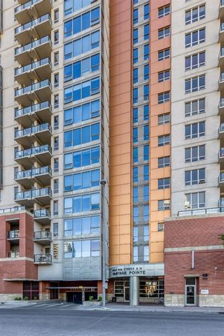 Photo 3: 2205 1053 10 Street SW in Calgary: Beltline Apartment for sale : MLS®# A1121668