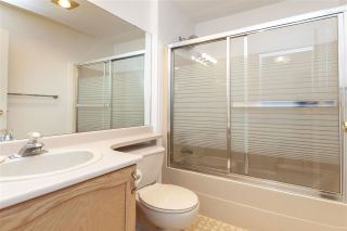"""Photo 18: 35 6140 192 Street in Surrey: Cloverdale BC Townhouse for sale in """"The Estates at Manor Ridge"""" (Cloverdale)  : MLS®# R2396053"""