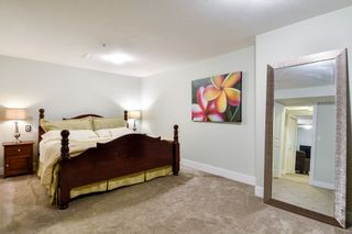 """Photo 22: 21038 77A Avenue in Langley: Willoughby Heights Condo for sale in """"IVY ROW"""" : MLS®# R2474522"""