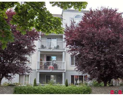"""Main Photo: 102 5465 201ST ST in Langley: Langley City Condo for sale in """"BRIARWOOD"""" : MLS®# F2615311"""