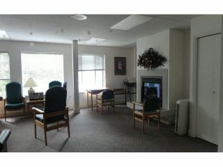 """Photo 15: 128 1653 140TH Street in Surrey: Sunnyside Park Surrey Townhouse for sale in """"Westminster House - Retirement Community"""" (South Surrey White Rock)  : MLS®# F1429181"""