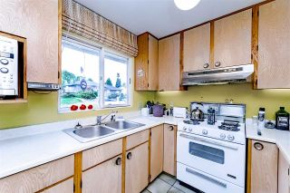"""Photo 8: 8755 CREST Drive in Burnaby: The Crest House for sale in """"Cariboo-Cumberland"""" (Burnaby East)  : MLS®# R2396687"""