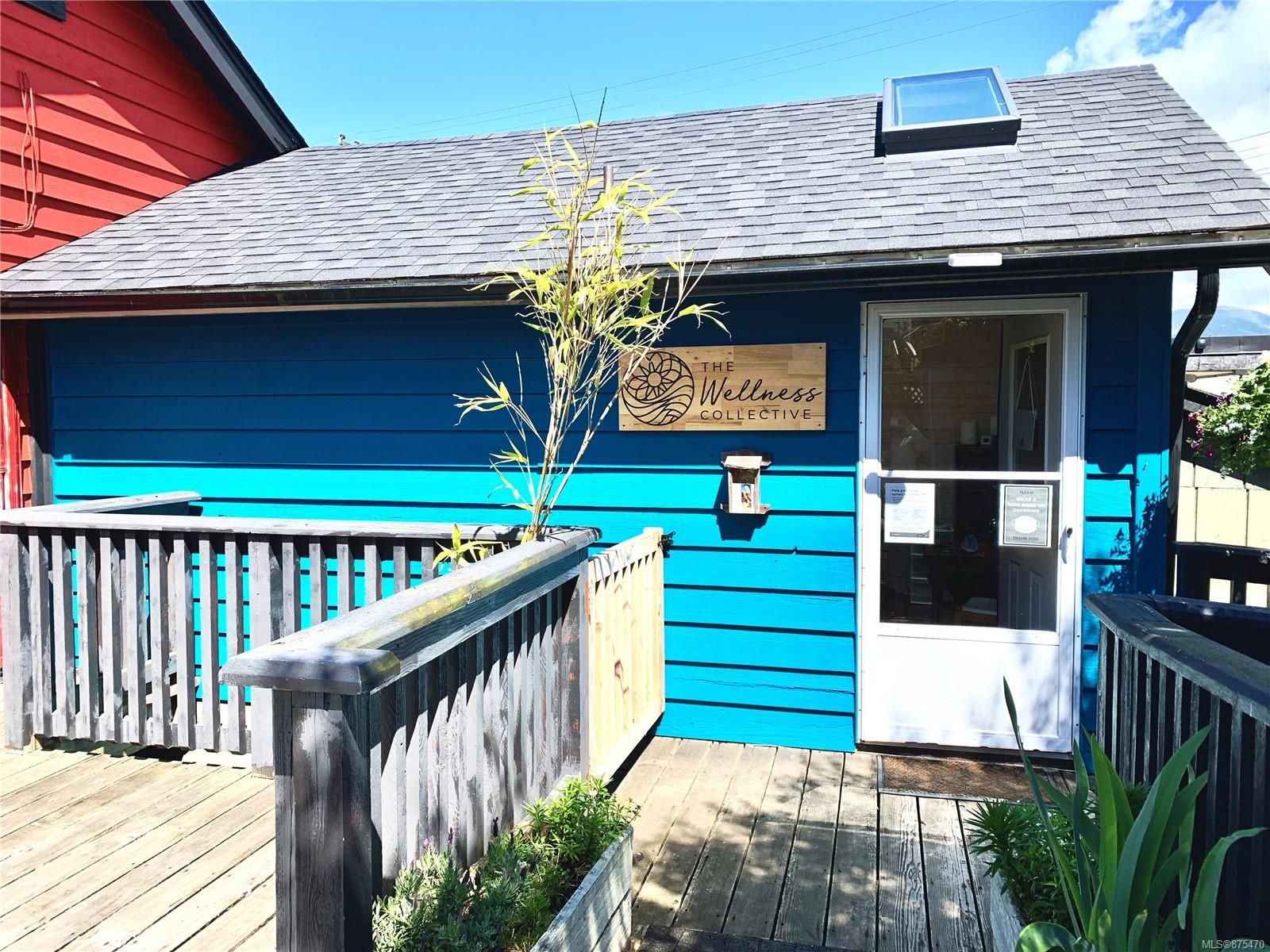 Main Photo: 1576 Imperial Lane in : PA Ucluelet Business for sale (Port Alberni)  : MLS®# 875470