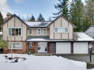 """Photo 4: 831 BAKER Drive in Coquitlam: Chineside House for sale in """"CHINESIDE"""" : MLS®# R2543641"""