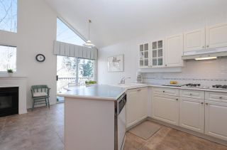 """Photo 9: 2 4055 INDIAN RIVER Drive in North Vancouver: Indian River Townhouse for sale in """"The Winchester"""" : MLS®# R2159036"""