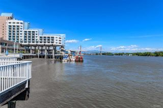 """Photo 2: 2010 908 QUAYSIDE Drive in New Westminster: Quay Condo for sale in """"RIVERSKY-1"""" : MLS®# R2504481"""