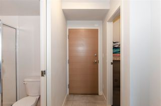 """Photo 7: 1610 977 MAINLAND Street in Vancouver: Yaletown Condo for sale in """"Yaletown Park 3"""" (Vancouver West)  : MLS®# R2579634"""