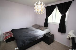 Photo 6: 813 Macklem Drive in Saskatoon: Massey Place Residential for sale : MLS®# SK856096