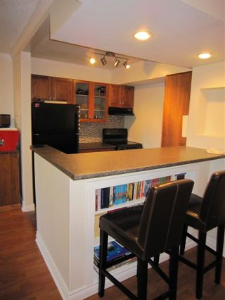"""Photo 3: 117 200 WESTHILL Place in Port Moody: College Park PM Condo for sale in """"WESTHILL PLACE"""" : MLS®# R2158066"""