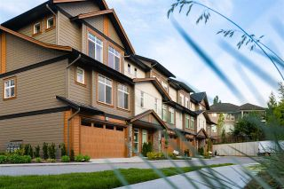 """Photo 1: 18 17033 FRASER Highway in Surrey: Fleetwood Tynehead Townhouse for sale in """"Liberty at Fleetwood"""" : MLS®# R2518351"""