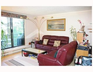 Photo 2: 705 9541 ERICKSON Drive in Burnaby: Sullivan Heights Condo for sale (Burnaby North)  : MLS®# V778517