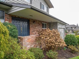 Photo 19: 734 E Viaduct Ave in VICTORIA: SW Royal Oak House for sale (Saanich West)  : MLS®# 782523