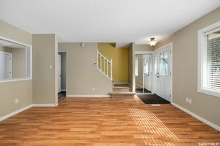 Photo 3: 35 120 Acadia Drive in Saskatoon: West College Park Residential for sale : MLS®# SK850229