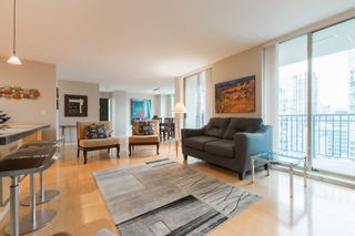 """Photo 7: 2603 969 RICHARDS Street in Vancouver: Downtown VW Condo for sale in """"Mondrian 2"""" (Vancouver West)  : MLS®# R2135133"""