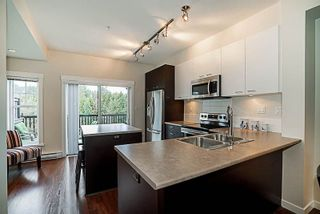 """Photo 9: 4032 2655 BEDFORD Street in Port Coquitlam: Central Pt Coquitlam Townhouse for sale in """"Westwood"""" : MLS®# R2246355"""