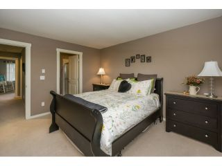 """Photo 15: 77 18983 72A Avenue in Surrey: Clayton Townhouse for sale in """"KEW"""" (Cloverdale)  : MLS®# R2034361"""