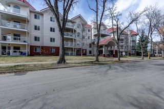 Photo 2: 309 10308 114 Street in Edmonton: Zone 12 Condo for sale : MLS®# E4240254