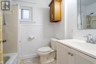 Photo 12: 75 HENRY Street in St. Catharines: House for sale : MLS®# 40126929