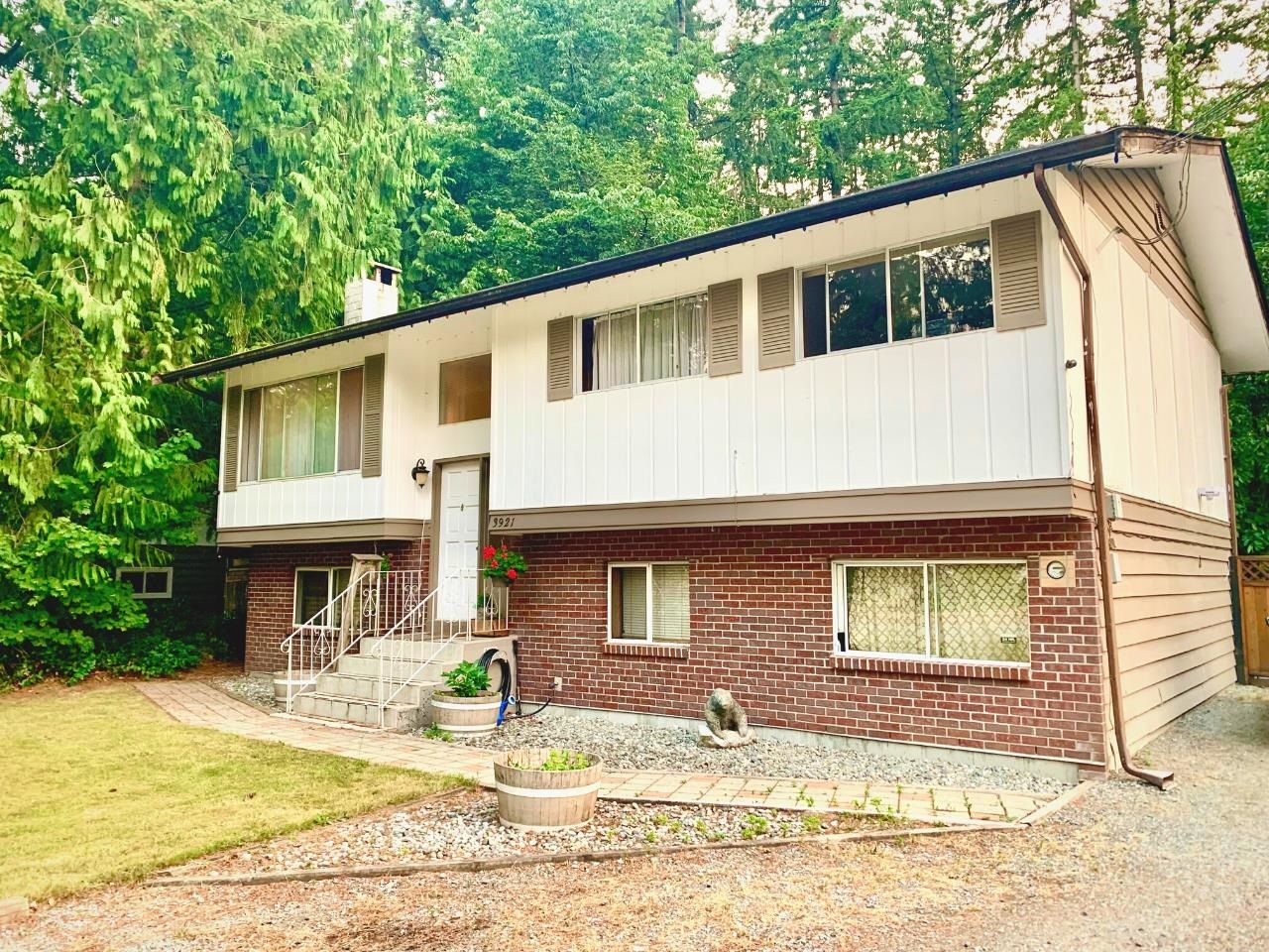 """Main Photo: 3921 203A Street in Langley: Brookswood Langley House for sale in """"Belmont Area"""" : MLS®# R2609787"""