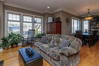 Photo 5: 827 Pintail Pl in : La Bear Mountain House for sale (Langford)  : MLS®# 877488