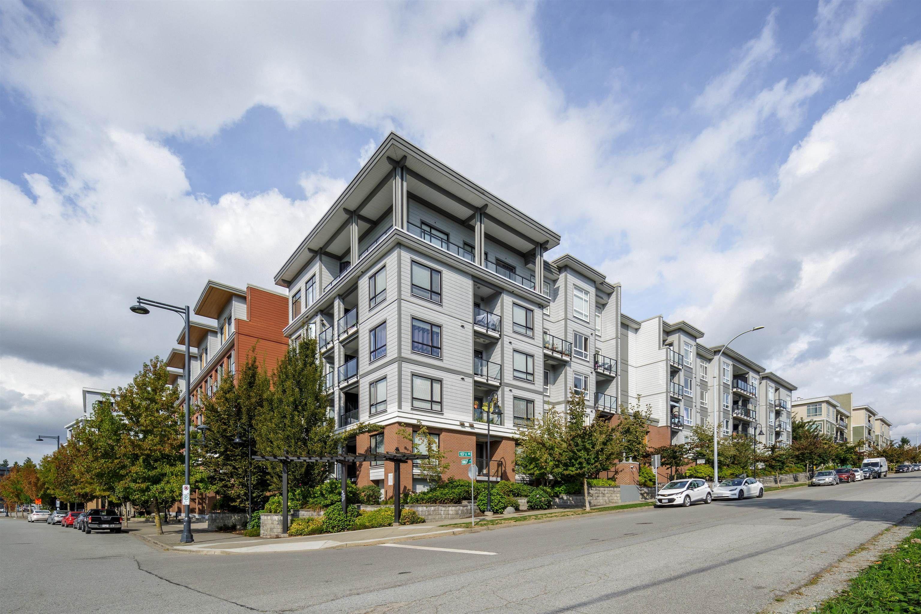 Main Photo: 412 13733 107A Avenue in Surrey: Whalley Condo for sale (North Surrey)  : MLS®# R2618120