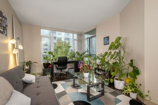 """Photo 4: 512 9009 CORNERSTONE Mews in Burnaby: Simon Fraser Univer. Condo for sale in """"THE HUB"""" (Burnaby North)  : MLS®# R2507886"""