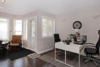 Photo 4: 150 SIERRA MORENA Green SW in Calgary: Signal Hill Semi Detached for sale : MLS®# C4294860