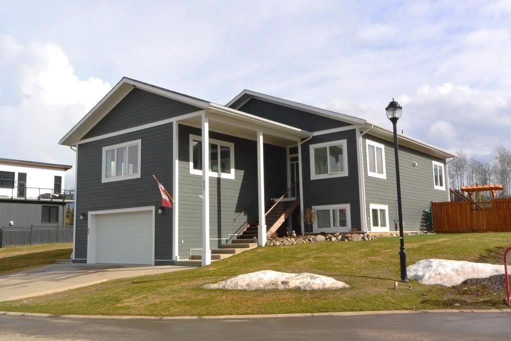 "Main Photo: 22 STARLITER Way in Smithers: Smithers - Town House for sale in ""WATSON'S LANDING"" (Smithers And Area (Zone 54))  : MLS®# R2452264"