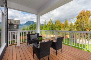 """Photo 33: 40895 THE CRESCENT in Squamish: University Highlands House for sale in """"UNIVERSITY HEIGHTS"""" : MLS®# R2467442"""