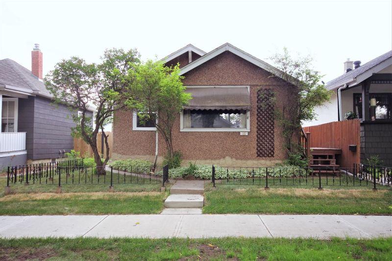 FEATURED LISTING: 11535 96 Street Edmonton