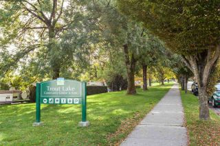 Photo 19: 2823 VICTORIA Drive in Vancouver: Grandview Woodland 1/2 Duplex for sale (Vancouver East)  : MLS®# R2416578