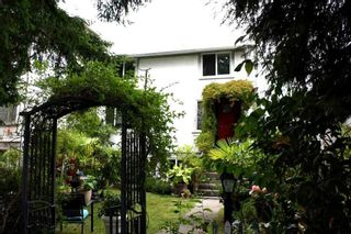 Photo 3: 635 E 44TH AVENUE in Vancouver: Fraser VE House for sale (Vancouver East)  : MLS®# R2109643